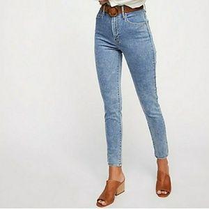 Nwt Levi's Wedgie High Rise Skinny Jean 24